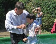 Bekenntnis- und Taufgottesdienst
